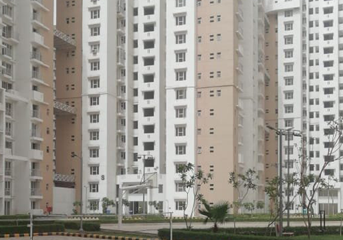4 BHK Penthouse in Noida
